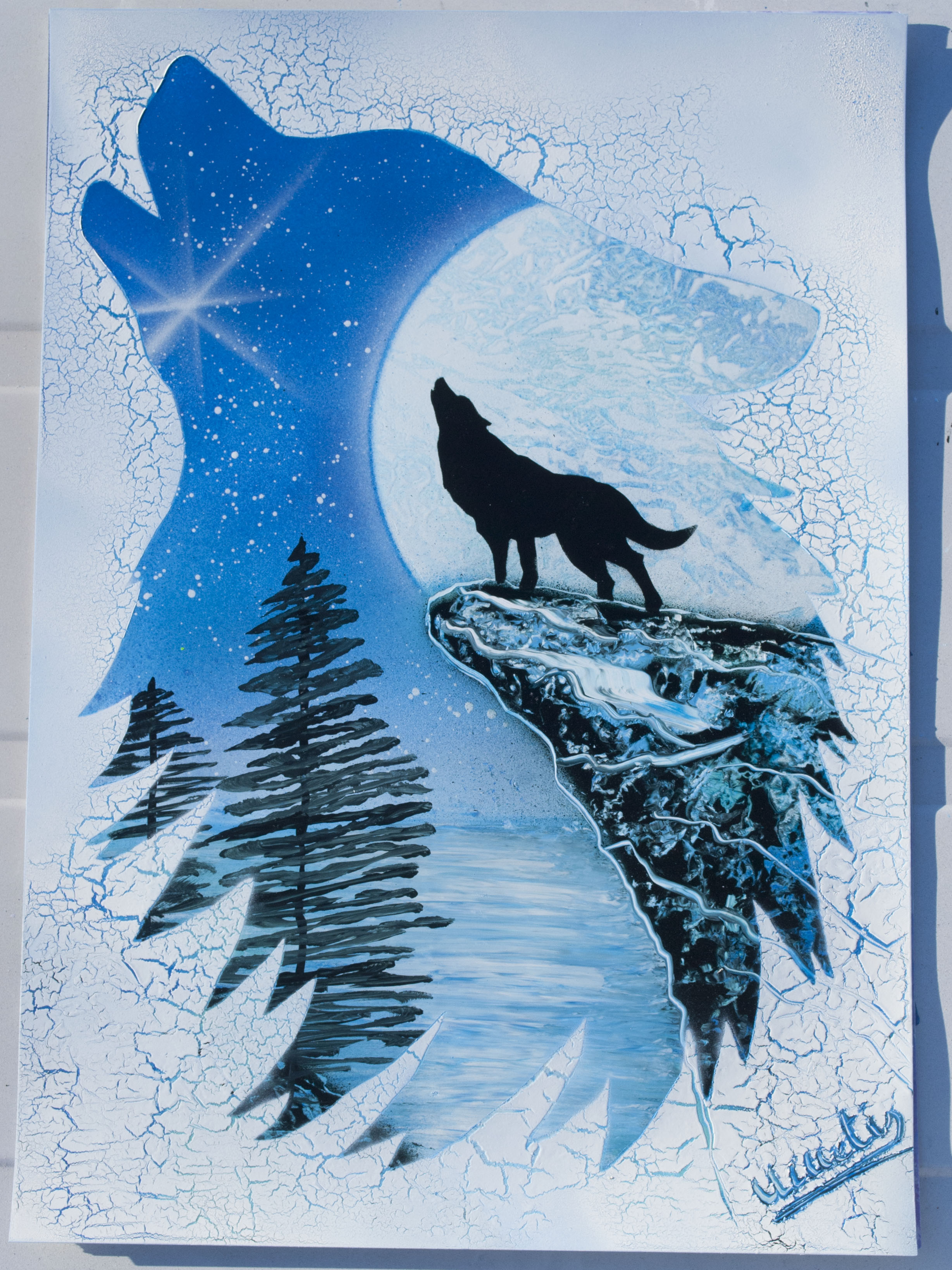 Wolf spray paint art by Ucuetis