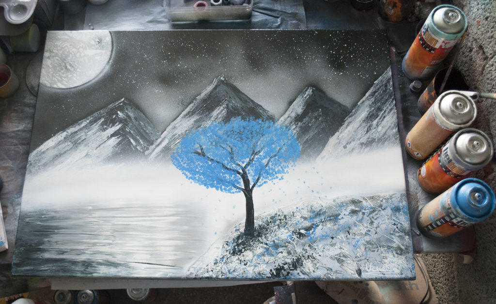 Spray paint art Arbre bleu par Ucuetis